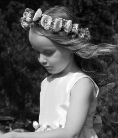 flower_girl_by_lunchbox3904.jpg